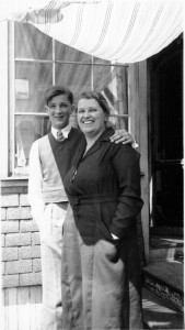 Catherine de Hueck and young George